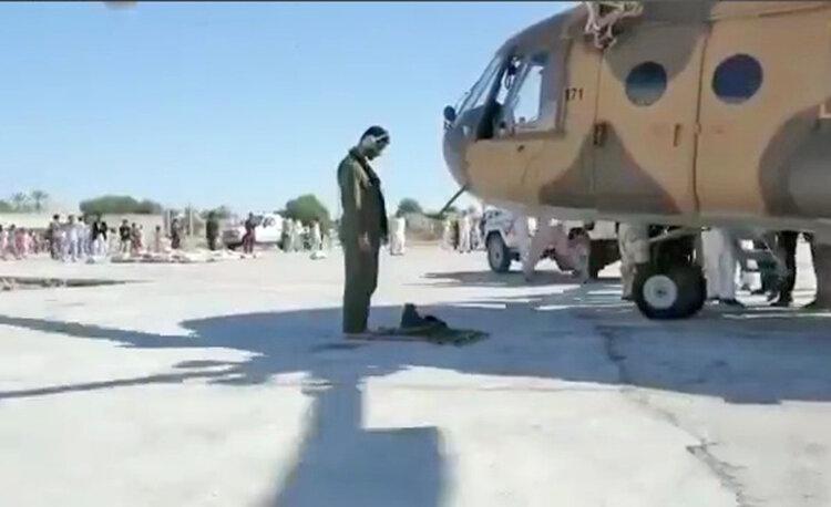 فیلم ، خلبان بالگرد امداد بین دو عملیات امدادی در سیل سیستان چه می نماید؟