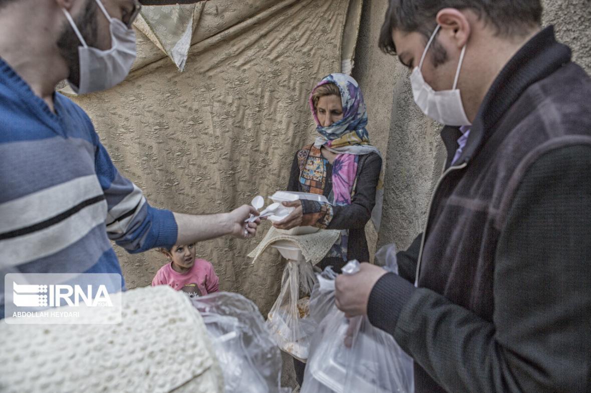 خبرنگاران حدود 5هزار پرس غذا میان نیازمندان تهران توزیع شد
