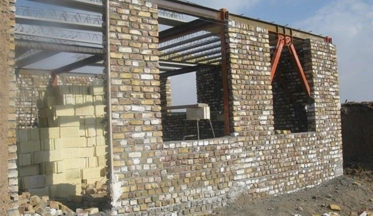 بازسازی روستا های زلزله زده سراب تا فصل سرما به اتمام می رسد