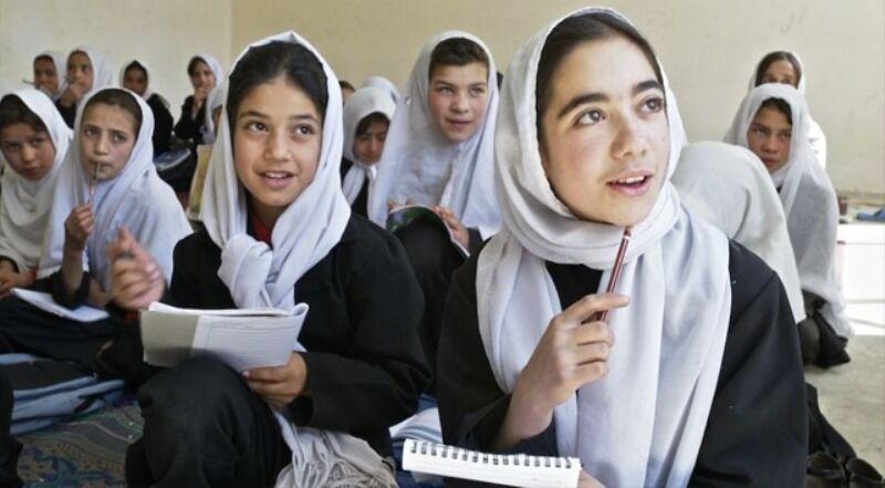 موافقت کابینه افغانستان با طرح بازگشایی مدارس