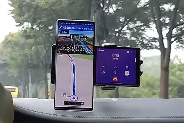 تولید اولین گوشی هوشمند با دو نمایشگر