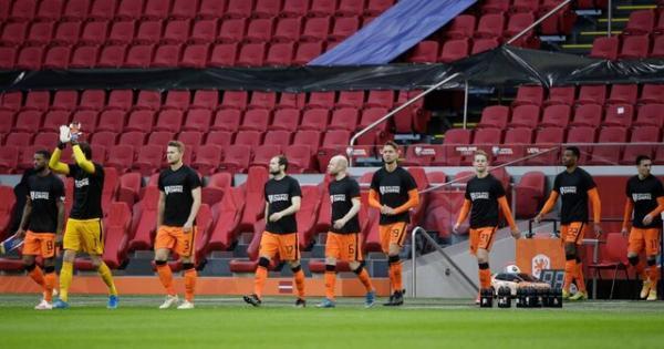 شکست خانگی نروژ و پیروزی هلند در انتخابی جام جهانی