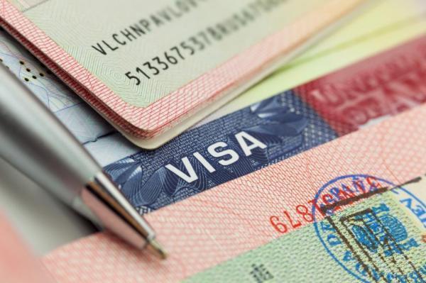 ویزای کانادا: تأخیر در پردازش ویزای دانشجویان بین المللی مشکل ساز شد